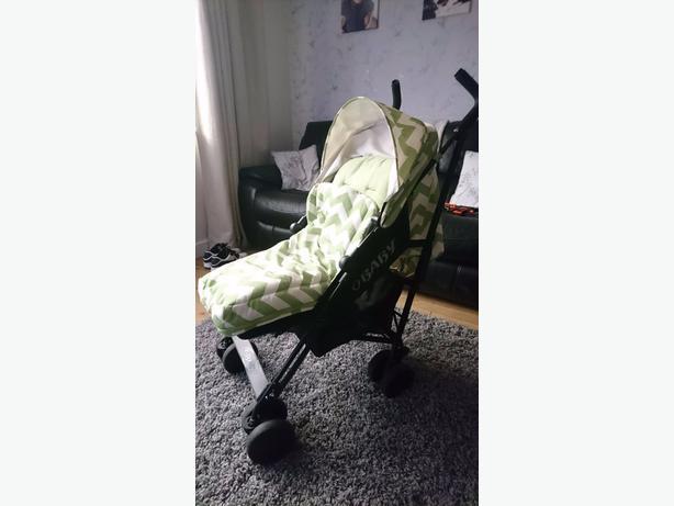 O baby pushchair