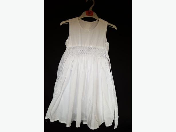 Girls Long White Dress With Belt -  32x69cm