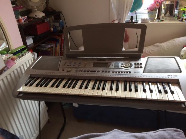 yamaha psr290 keyboard