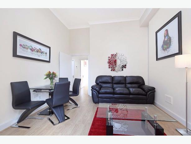 GREAT AND SPACIOUS 2 BEDROOM FLAT