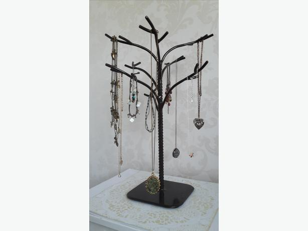 Welded Tree Jewelry Display in Brown