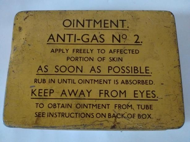 ORIGINAL WW2 ANTI-GAS OINTMENT TIN