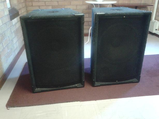 2  Passive     OHM 15 inch speakers  , 300 Watts