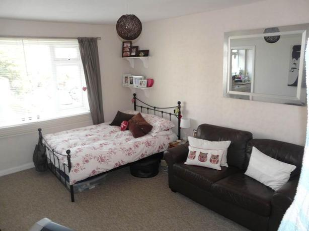 Quiet and conducive one bedroom flat