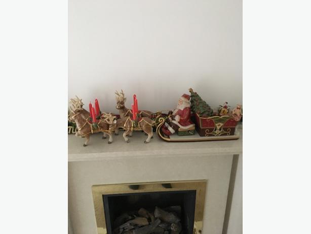 santa sleigh and reindeers  ceramic