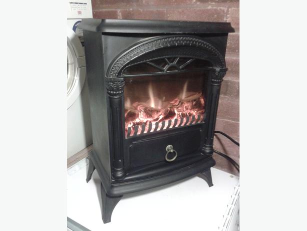 Electric freestanding stove