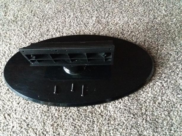 "TV BASE For 22"" LOGIK LCD TV"