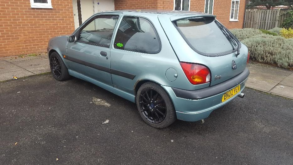 ford fiesta mk5 zetec s replica wolverhampton dudley mobile. Black Bedroom Furniture Sets. Home Design Ideas