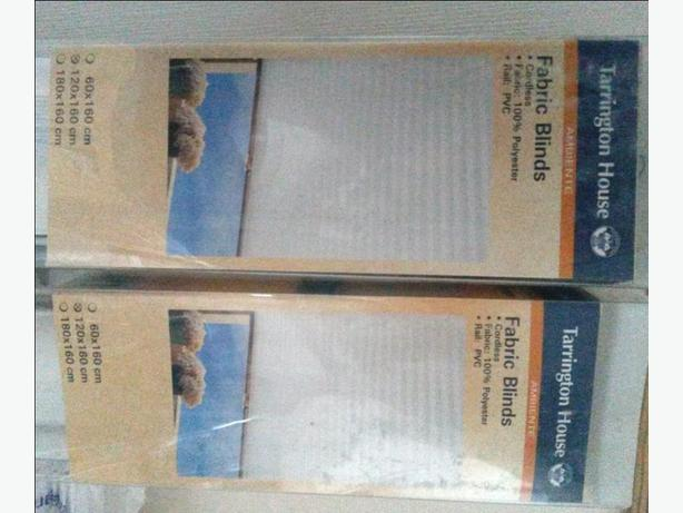 White CORDLESS fabric blinds x2