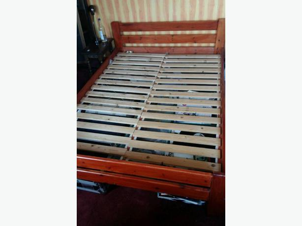 Wooden Double  Bed and Mattress Good Condition Can Deliver Locally for £5
