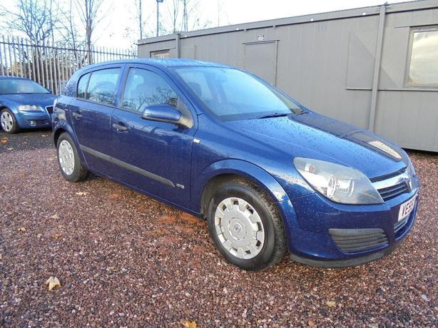 Vauxhall Astra 1.6 i 16v Life Easytronic 5dr AUTO , CAMBELT CHANGED @60K