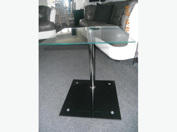 side table clear and black glass