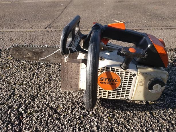 STIHL MS 200 T chainsaw