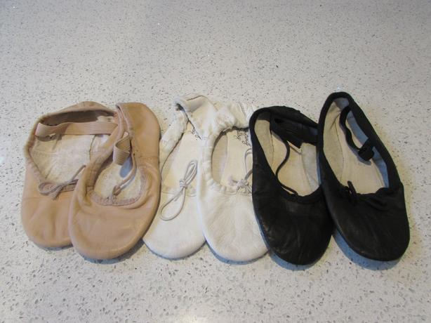 girls ballet pumps black white and peach sizes 11.5 12.5 and 13.5
