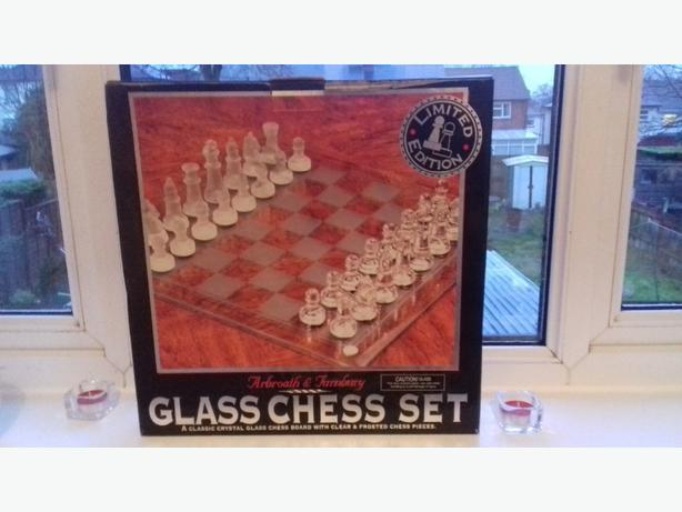 limited edition chess set all cut glass brand new