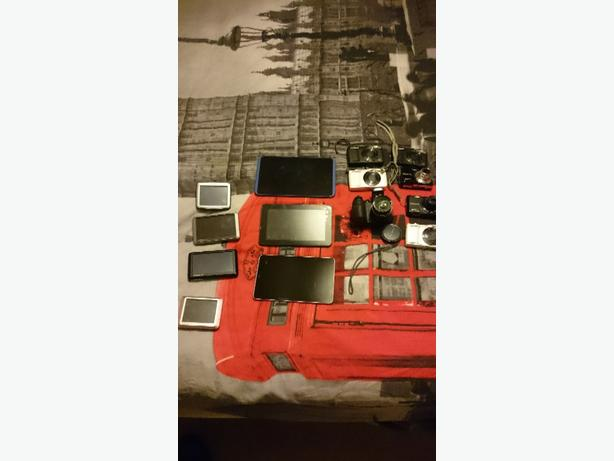 job lot of untested cameras tablets and satnavs