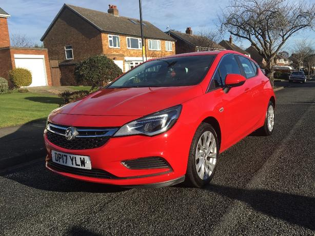 2017 VAUXHALL ASTRA DESIGN 1.4 TURBO PETROL **LOOKS AMAZING**