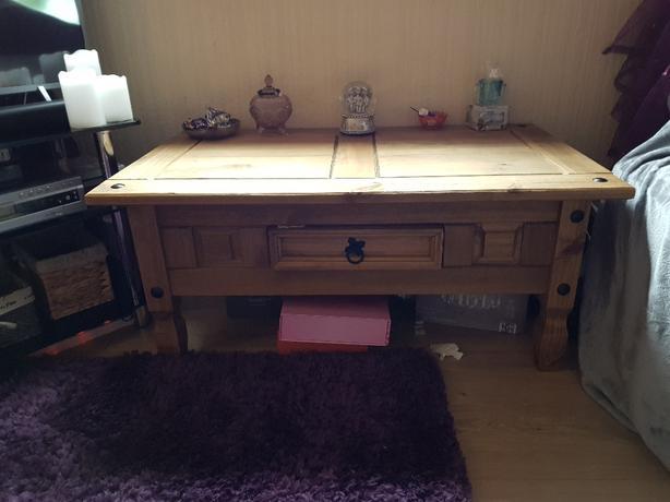 corona coffe table
