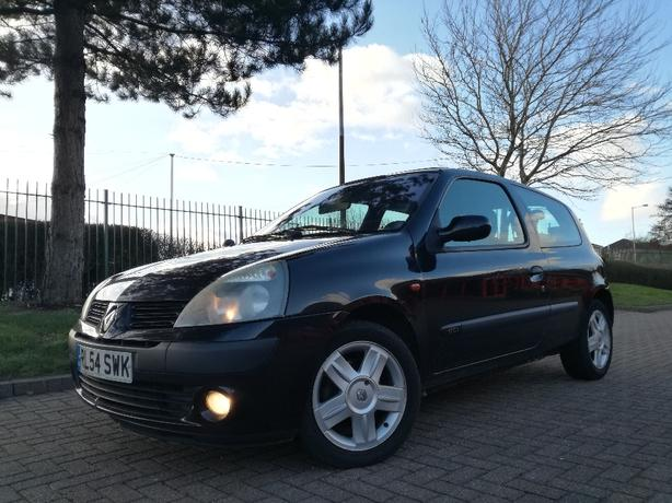 2004/04 RENAULT CLIO 1.5DCI FULL SERVICE HISTORY 20POUND TAX IMMACULATE*