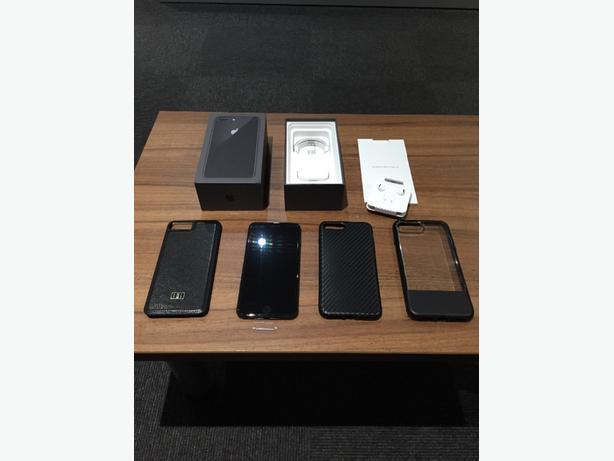 iphone 8 plus 256gb unlocked brand new.