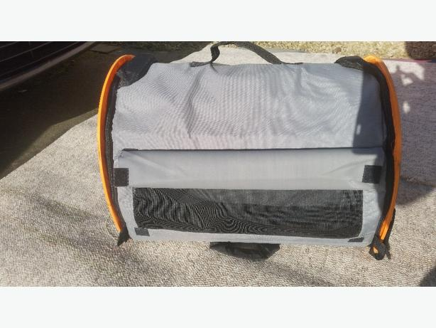 fold away pet carrier