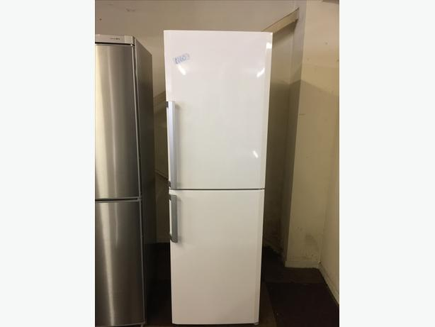 BLOOMBERG TALL FRIDGE FREEZER EXCELLENT CONDITION🌎🌎PLANET APPLIANCE🌎