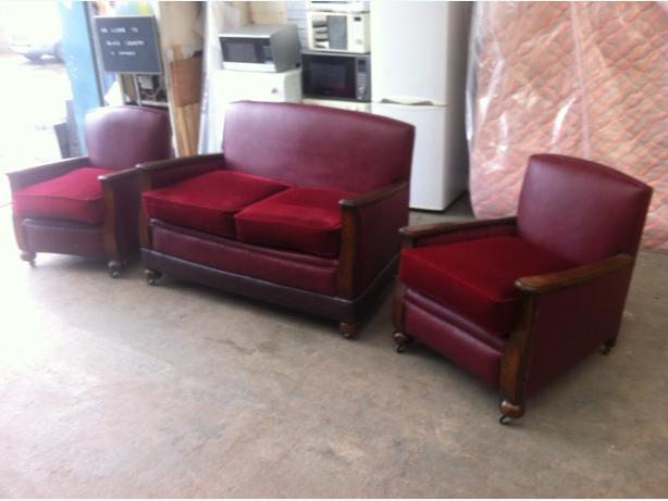 ANTIQUE REUPHOLSTERED LEATHER THREE PIECE SUITE ~~ SOFA & CHAIRS ~~ CAN DELIVER