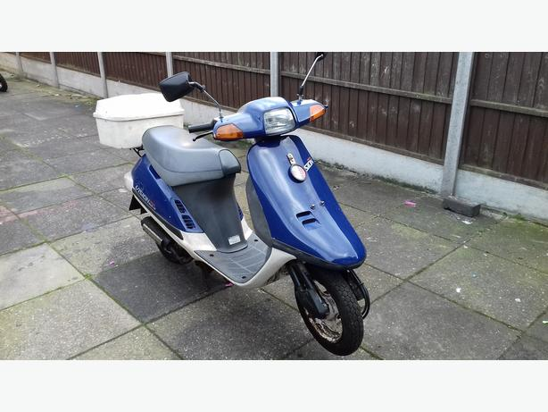 Honda vision moped scooter 1990 49cc