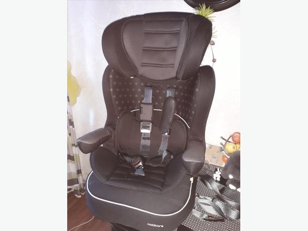 Kiddicare isofix car seat 9-18 kg.