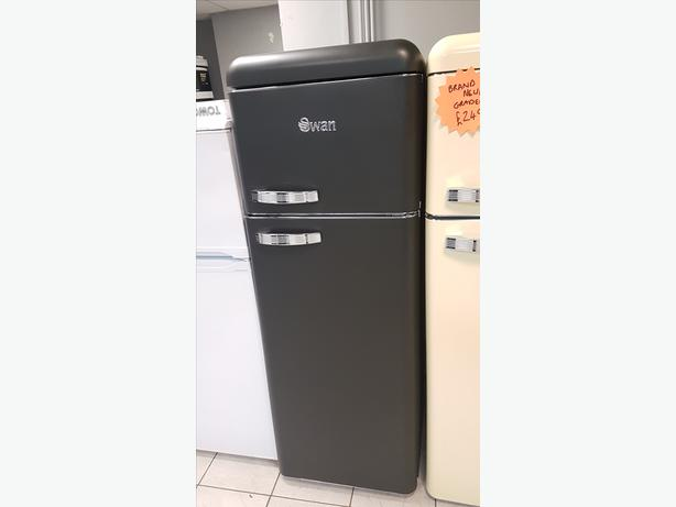 BRAND NEW Swan SR11010ON Retro Matt Black Fridge Freezer with WARRANTY