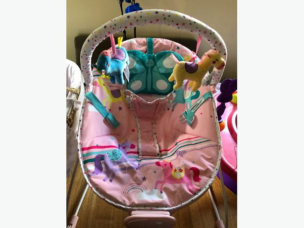 girls bouncer chair