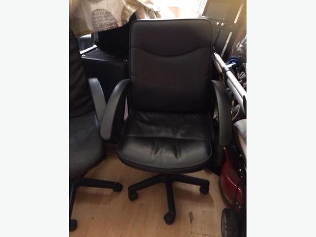 two pc chairs