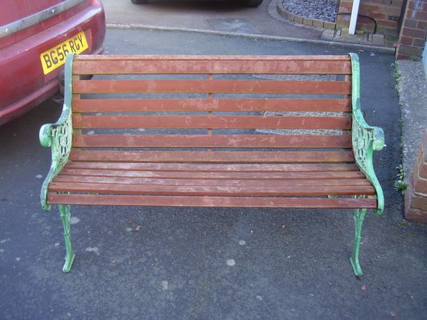 lovely heavy garden bench
