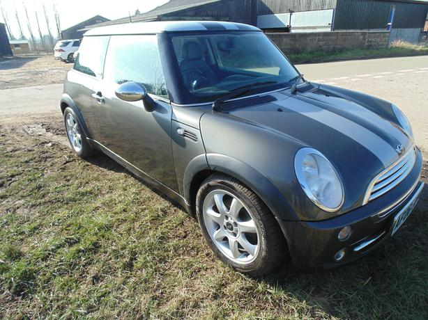 MINI COOPER PARK LANE LTD EDITION 2006 1.6 PETROL