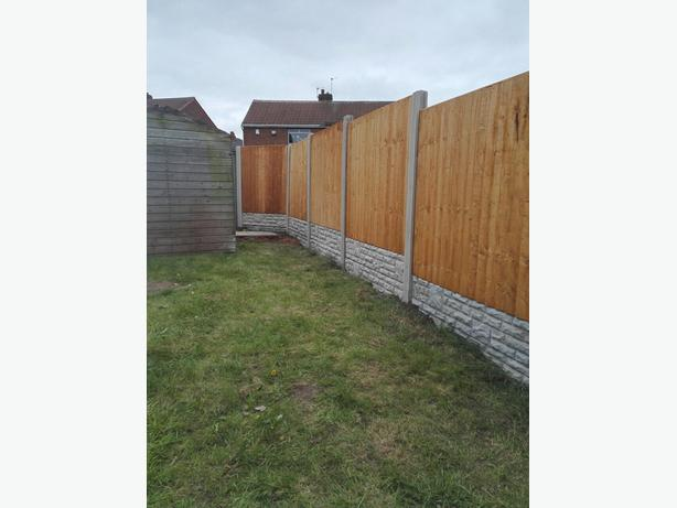 10 bays of Fencing supply and fitted for £645 (NO DEPOSIT TAKEN)