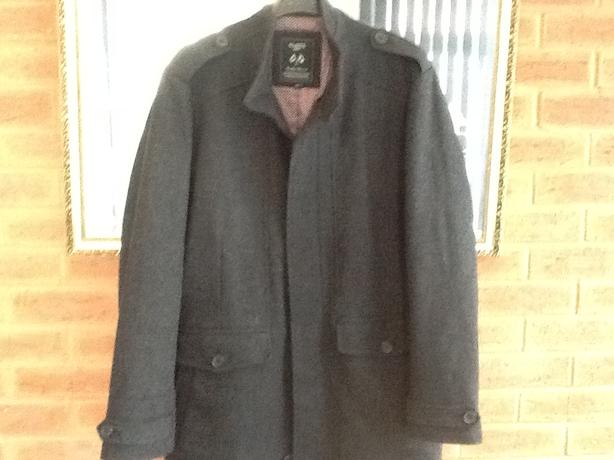 Brand new 3/4 coat xl