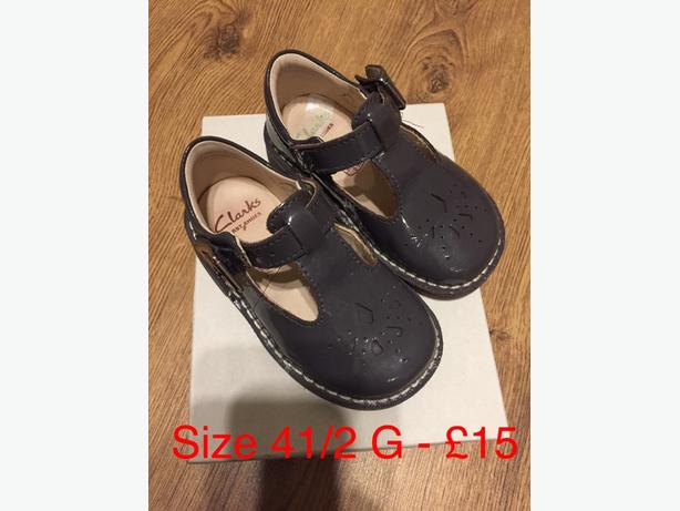 clarks girl first shoes