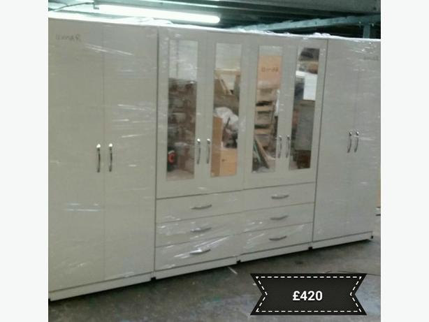 8 DOOR 4 DOOR MIRRORED FITMENT SET- £330