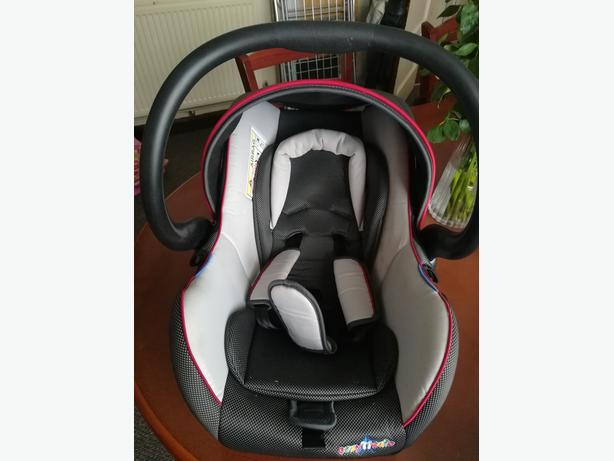 COZY'N'SAFE CAR SEAT