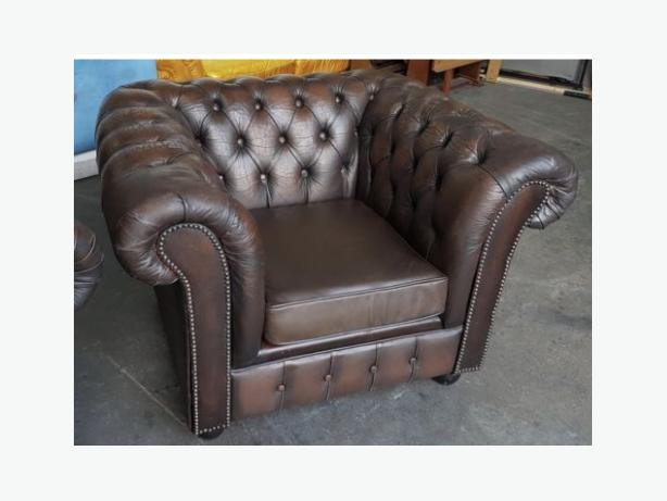 STUNNING Chesterfield Vintage Brown Leather Armchair .WE DELIVER
