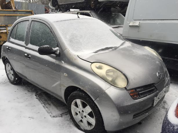 nissan micra 2003 1.0 petrol silver 5dr Breaking For Spares - wheel nut