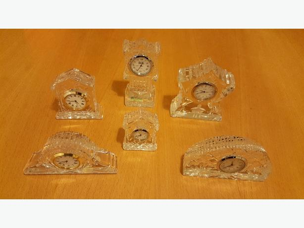 Crystal small clocks
