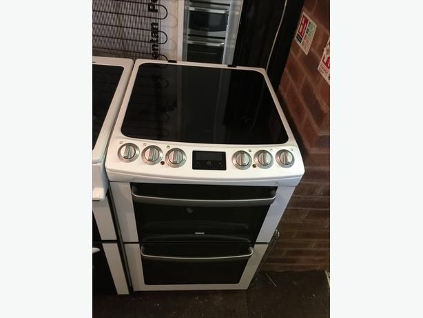 ZANUSSI 55 CM ELECTRIC COOKER IN GREAT CONDITION 🇬🇧🇬🇧🌎🌎🇬🇧🇬🇧