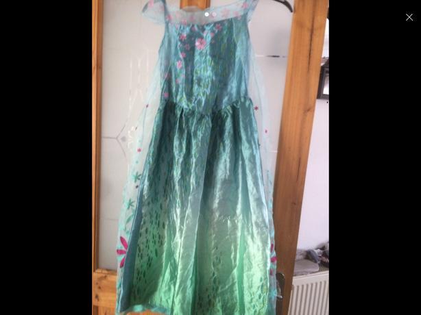 Frozen dress size 7-8