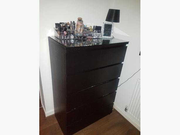 Black chester drawers
