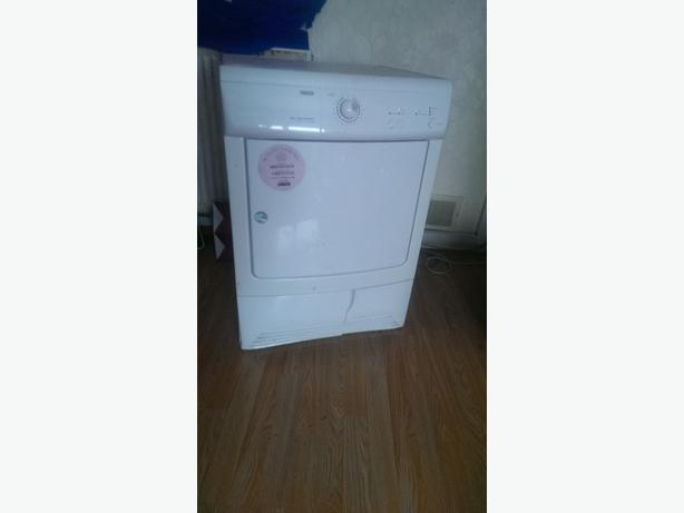 7kg zanussi condensor tumble dryer free delivery