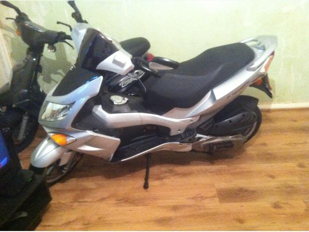 pgo 150 cc redg as 125cc
