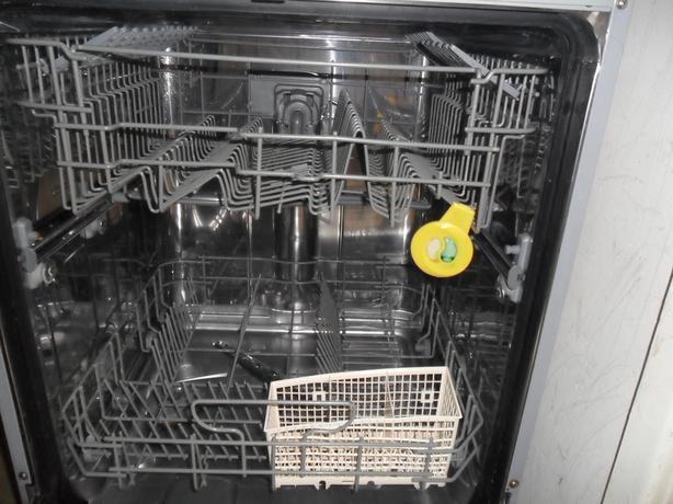 Dishwasher ( Stainless)
