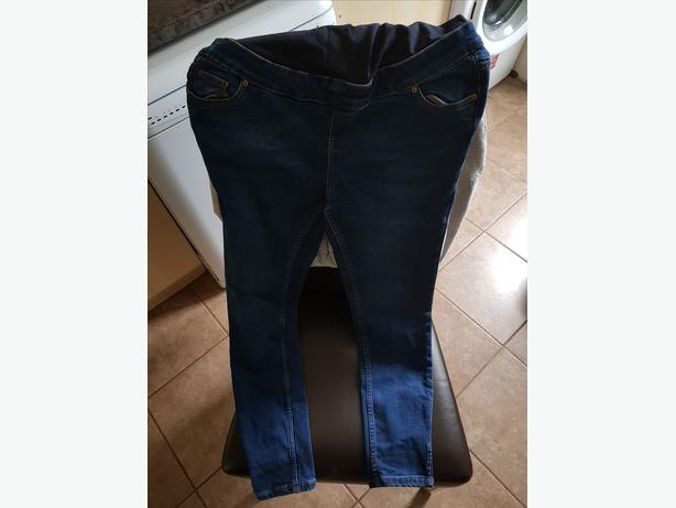 2 pairs of women's size 16 maternity jeans