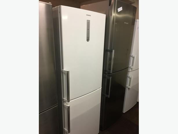 SEIMENS FRIDGE FREEZER GOOD CONDITION🌎🌎PLANET APPLIANCE🌎🌎